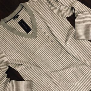 Tommy Hilfiger Women's V-Neck Tunic Pullover